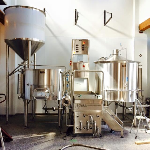 white sails brewing craft beer nanaimo
