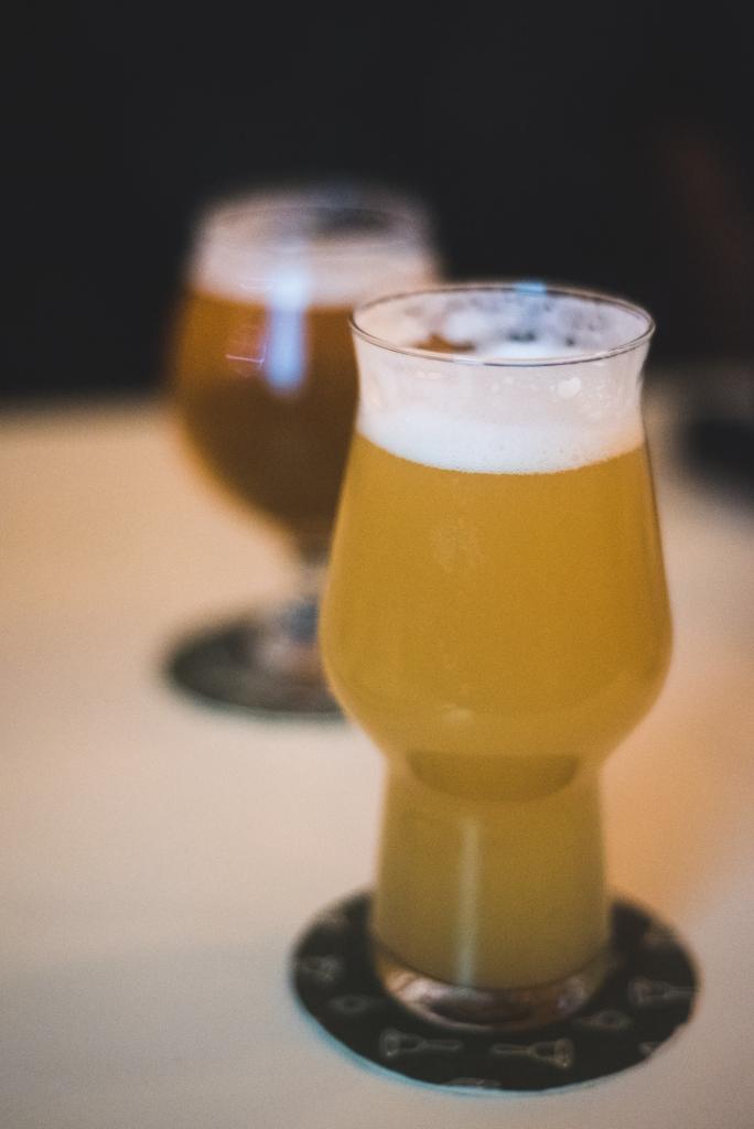Superflux Beer Company Bells & Whistles beertifulbc vanpours craft beer Vancouver