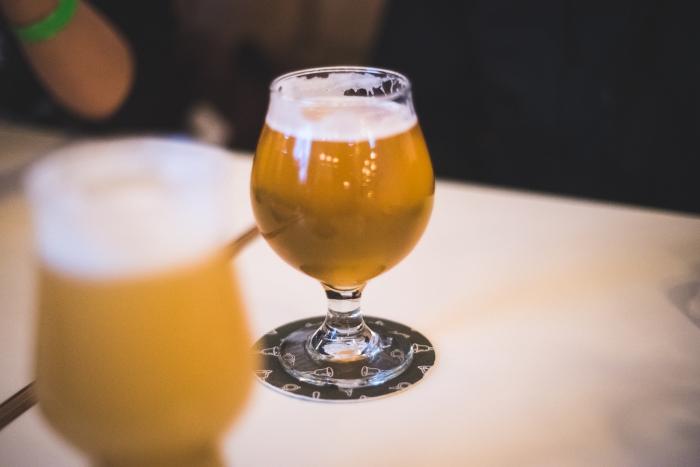 Brassneck Brewing Bells & Whistles vanpours beertifulbc craft beer Vancouver